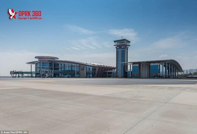 Khám phá bên trong sân bay mới hiện đại nhất Triều Tiên ảnh 13