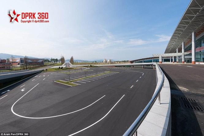 Khám phá bên trong sân bay mới hiện đại nhất Triều Tiên ảnh 14