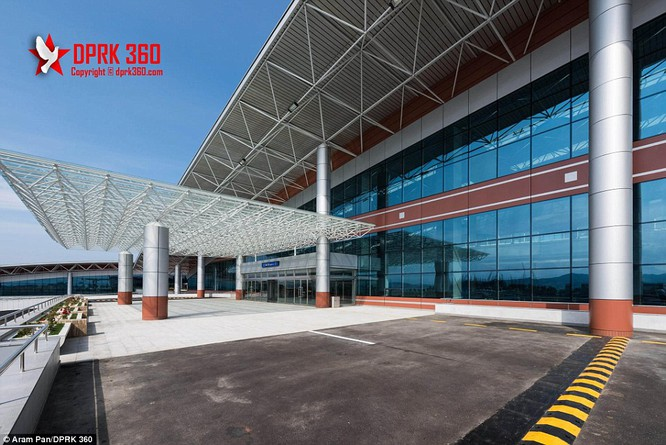 Khám phá bên trong sân bay mới hiện đại nhất Triều Tiên ảnh 9