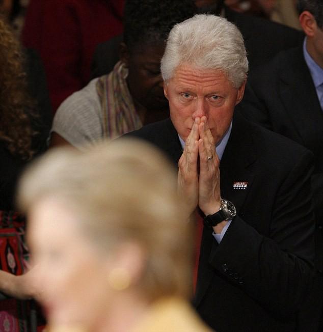 Hillary Clinton đánh chồng trong phòng kín, khủng bố nhân viên ảnh 3