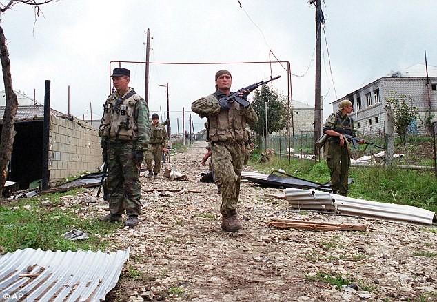 Đặc nhiệm Spetsnaz truy quét phiến quân Hồi giáo tại Dagestan
