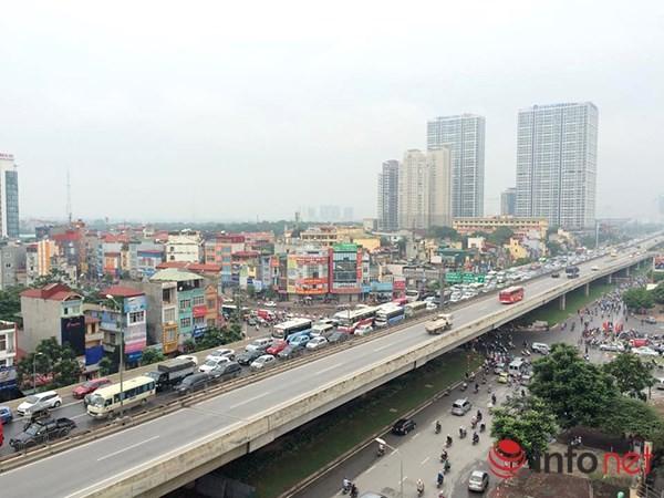 Hà Nội: Nhiều tuyến đường tê liệt suốt sáng vì ùn tắc ảnh 2