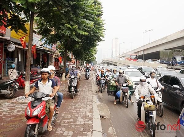 Hà Nội: Nhiều tuyến đường tê liệt suốt sáng vì ùn tắc ảnh 11