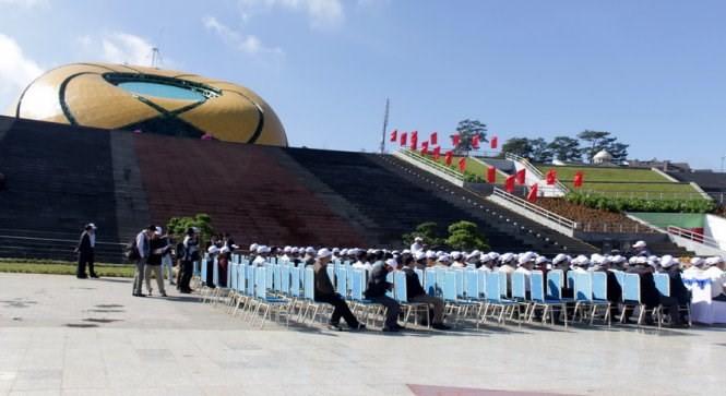 Xây xong quảng trường Lâm Viên - Đà Lạt, còn dư 111 tỷ ảnh 1