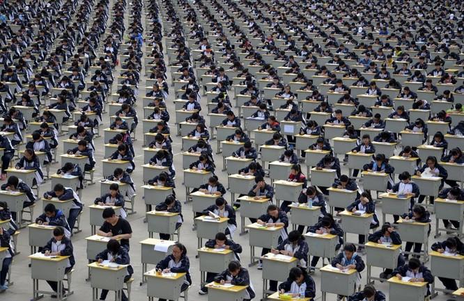 Hơn 1.700 sinh viên trong kỳ thi năm 2015 ở tỉnh Sơn Tây