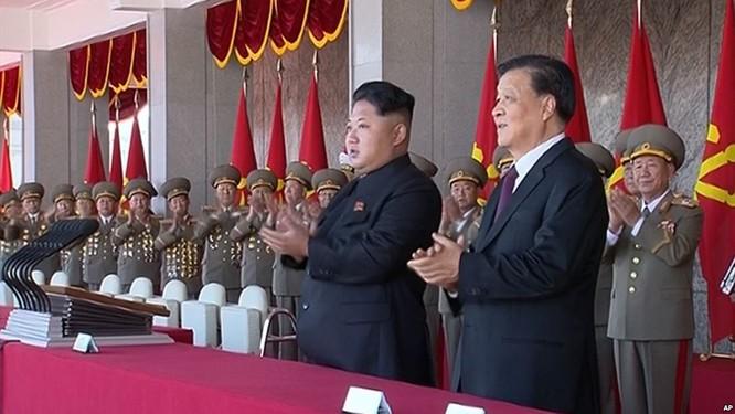 Kim Jong un đón tiếp đại biểu Trung Quốc Lưu Vân Sơn khá nồng ấm, nhưng quan hệ Trung- Triều thời gian qua khá lạnh nhạt