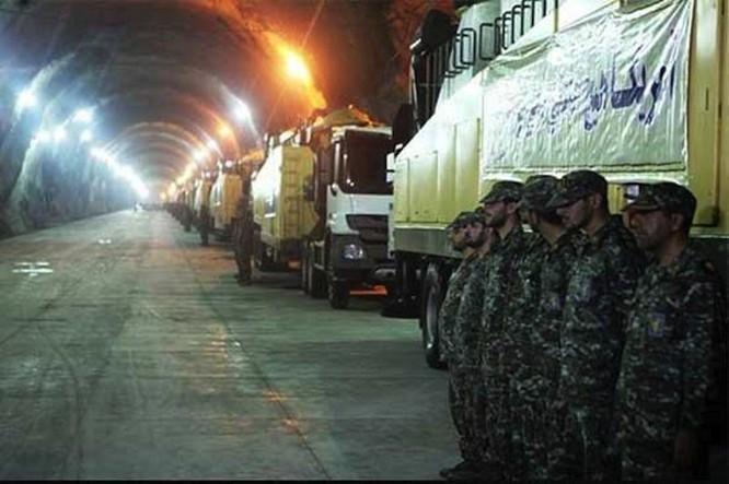 """Hình ảnh bên trong căn cứ tên lửa """"khủng"""" của Iran ảnh 1"""