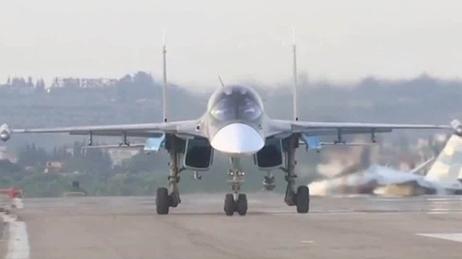Máy bay Su-34 của Nga lần đầu xung trận thử lửa trong chiến trường thực tế ở Syria