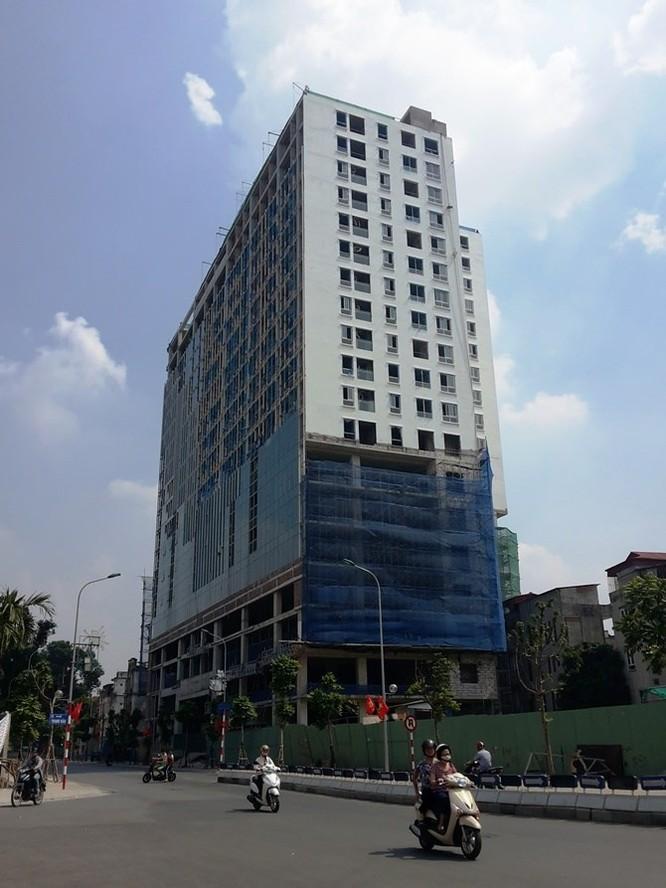 Quận Ba Đình xúc tiến phá dỡ Tòa nhà 8B Lê Trực, chưa rõ phương án đền bù cho khách hàng ảnh 2