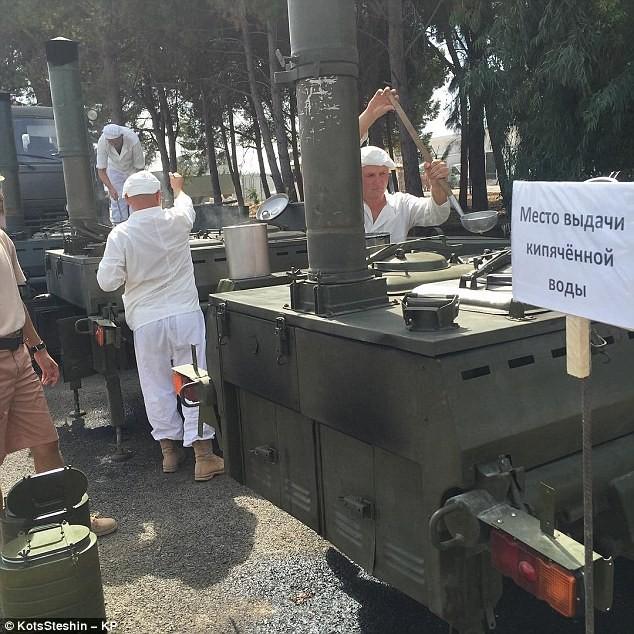 Một bếp ăn trong căn cứ quân sự latakia của Nga tại Syria