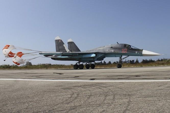 """""""Thú mỏ vịt"""" Su-34 tác chiến ở Syria thu hút Việt Nam và nhiều nước ảnh 2"""