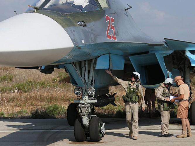 Máy bay cường kích tối tân Su-34 của Nga tham chiến tại Syria