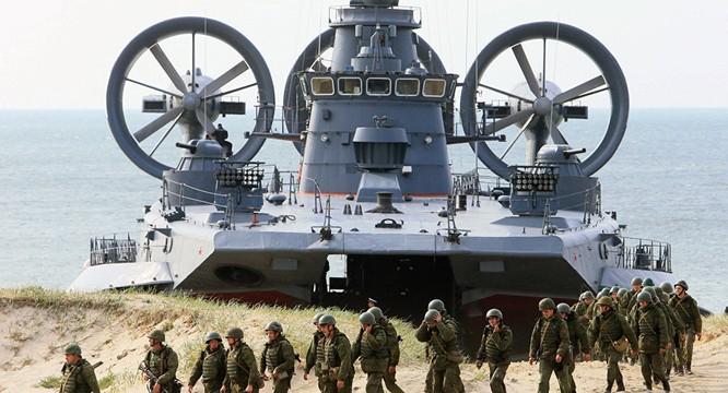 """Nga khiến Mỹ và phương Tây """"ngồi trên lửa"""" với chiến tranh lai ảnh 2"""