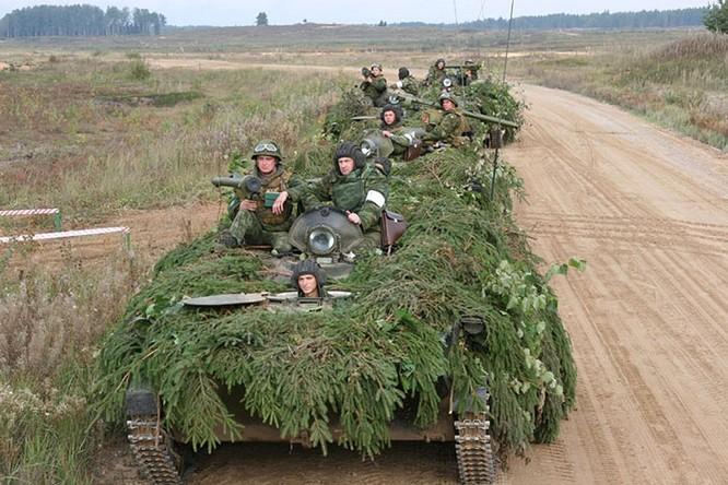Quân đội Nga liên tục tập trận trên khắp đất nước kể từ khi căng thẳng với Mỹ và phương Tây do cuộc khủng hoảng Ukraine