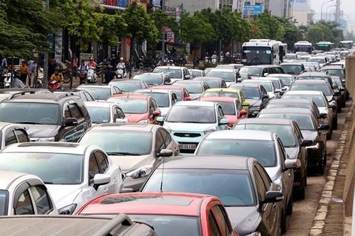 Áp thuế tiêu thụ đặc biệt kiểu mới với ôtô nhập khẩu từ 2016 ảnh 1