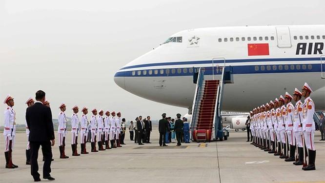 Ông Tập Cận Bình phát biểu gì khi tới sân bay Nội Bài? ảnh 2