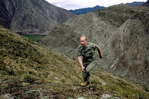 """Putin """"quyền lực nhất"""" thế giới và những khoảnh khắc sức mạnh ảnh 4"""