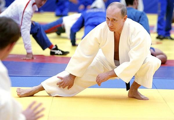 """Putin """"quyền lực nhất"""" thế giới và những khoảnh khắc sức mạnh ảnh 6"""