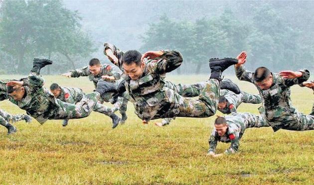 """Hoàn Cầu đòi Trung Quốc chuẩn bị chiến tranh """"hất cẳng"""" Mỹ ảnh 5"""