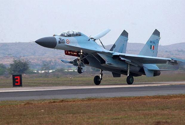 Siêu tiêm kích Su-35 sẽ trấn giữ biển đảo Việt Nam ảnh 5
