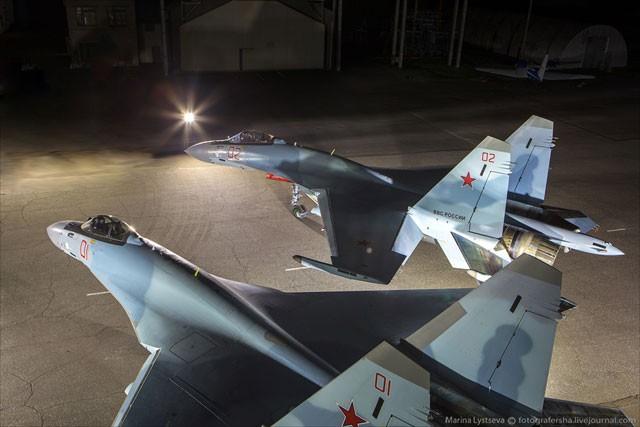 Siêu tiêm kích Su-35 sẽ trấn giữ biển đảo Việt Nam ảnh 3