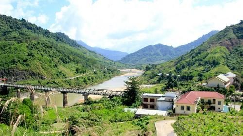 Trụ sở khang trang của huyện nghèo đòi xây trung tâm hành chinh 100 tỉ ảnh 3