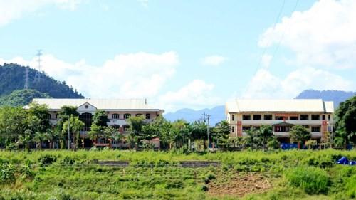 Trụ sở khang trang của huyện nghèo đòi xây trung tâm hành chinh 100 tỉ ảnh 6