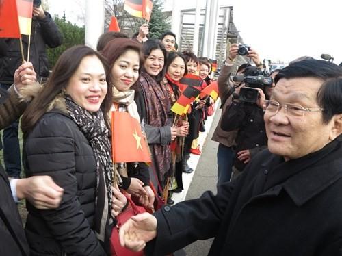 Máy bay chiến đấu hộ tống đoàn Chủ tịch nước Trương Tấn Sang thăm Đức ảnh 9