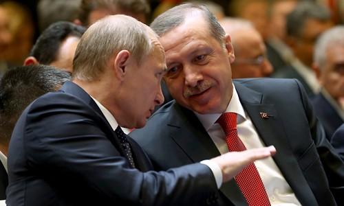 """Nín thở chờ Putin """"xử"""" Thổ Nhĩ Kỳ bắn hạ Su-24 Nga ảnh 1"""