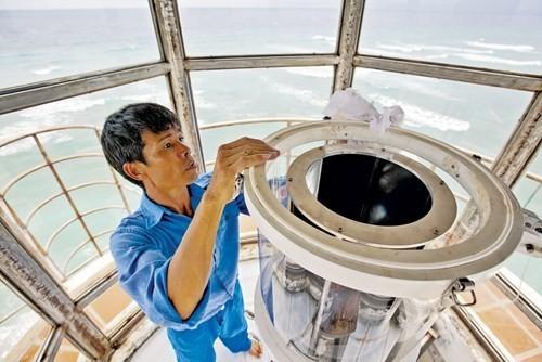 Chuẩn Đô đốc Việt Nam: Cần cho thế giới biết sự hung hăng, khiêu khích của tàu chiến Trung Quốc ảnh 2