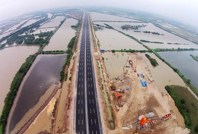 """""""Mở hàng"""" cao tốc Hà Nội - Hải Phòng trước ngày thông xe toàn tuyến ảnh 8"""