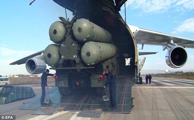 Vụ bắn hạ Su-24 đã khiến Nga ngay lập tức triển khai hệ thống tên lửa S-400 tới Syria