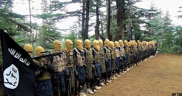 IS tuyên bố giết thủ lĩnh Taliban, bắt đầu lấn chiếm Afghanistan ảnh 5