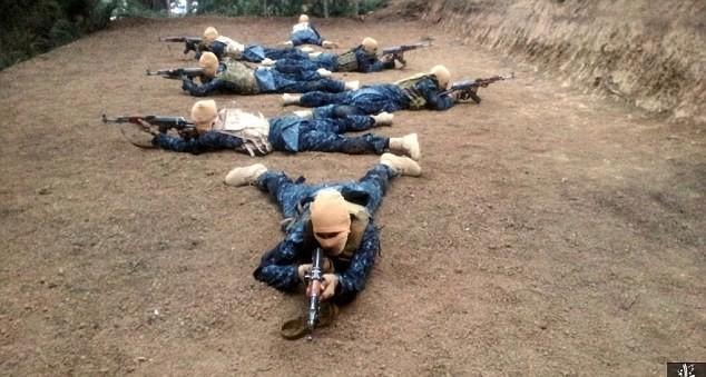 IS tuyên bố giết thủ lĩnh Taliban, bắt đầu lấn chiếm Afghanistan ảnh 7
