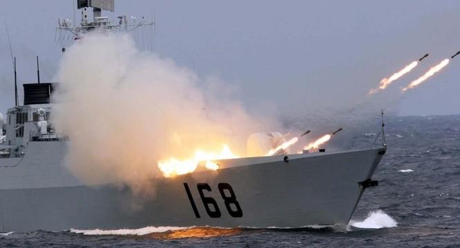 Hải quân Trung Quốc gần đây liên tục tập trân trên biển
