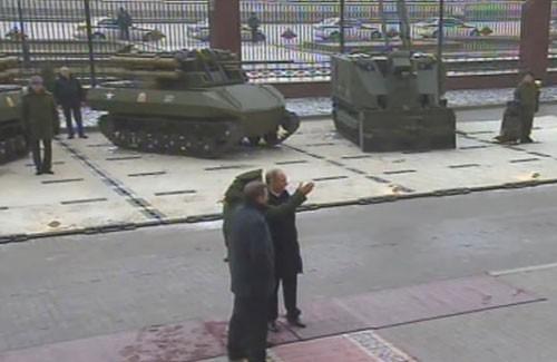 Nga ráo riết chuẩn bị cho chiến tranh robot ảnh 2