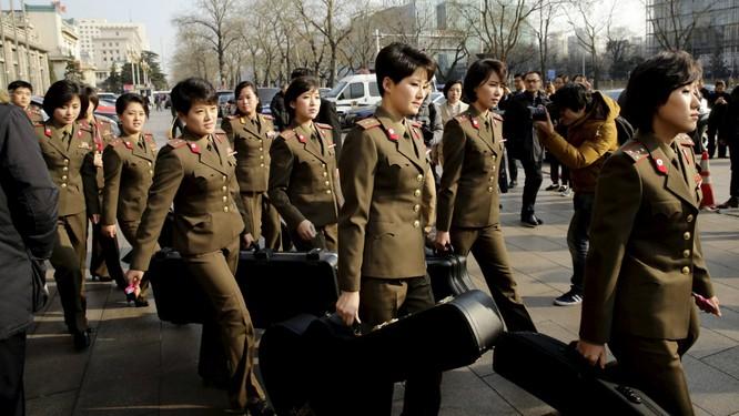 Bạn gái cũ của Kim Jong-un tái xuất sau tin đồn bị xử tử ảnh 1