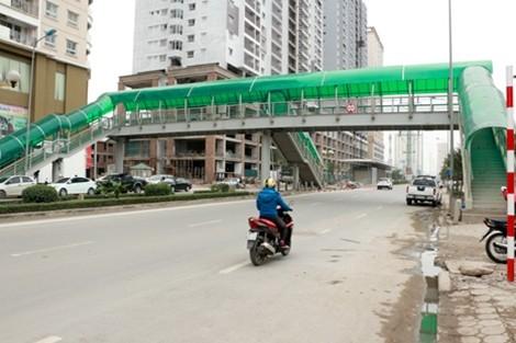 Hà Nội: 1.000 tỷ đầu tư xe buýt nhanh: Lãng phí, không hiệu quả! ảnh 1