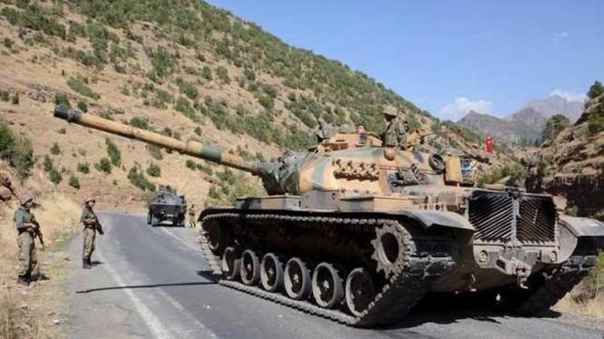 Thổ Nhĩ Kỳ nuôi tham vọng rất lớn ở Trung Đông, trong ành là đoàn xe quân sự Thổ Nhĩ Kỳ