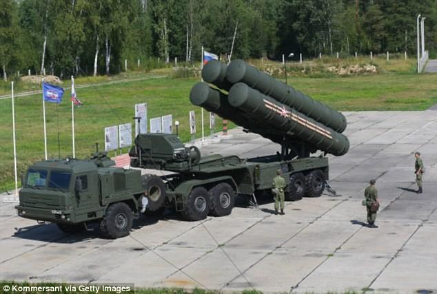 Hệ thống tên lửa S-400 của Nga khiến đối thủ khiếp sợ