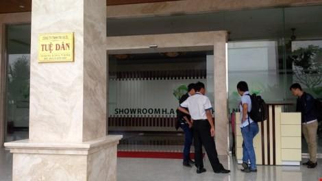 Đà Nẵng: Showroom chỉ bán cho khách Trung Quốc có gì? ảnh 2