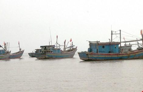 Ngăn chặn tàu Trung Quốc tràn vào biển Việt Nam ảnh 1