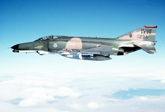 Máy bay F-4 của Mỹ đã bị