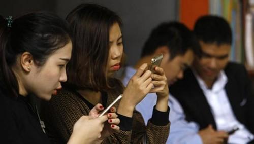 Gần 14 triệu tin nhắn rác mỗi ngày, tiền vào túi ai? ảnh 1