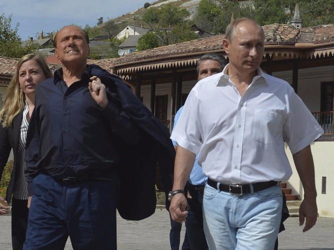 Tổng thống Putin và cựu Thủ tướng Ý Berlusconi