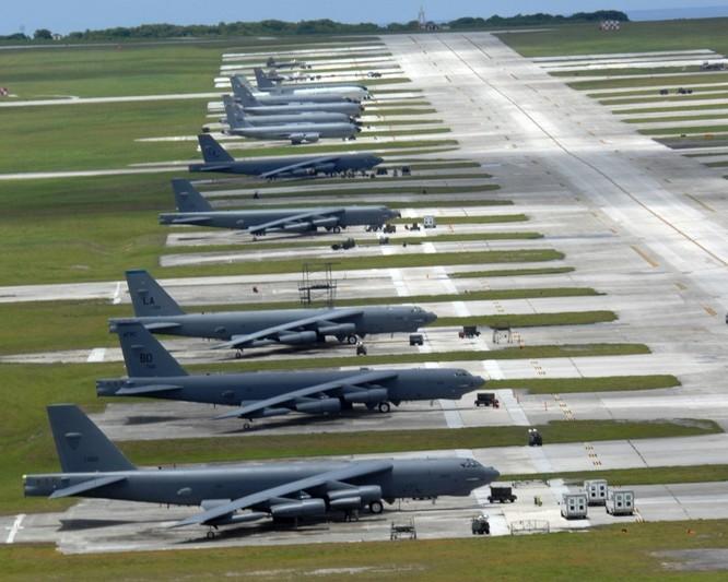 Phi đội B-52 của Mỹ tại căn cứ không quân Andersen ở Guam đã sẵn sàng hành động