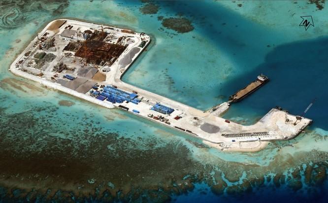 Một trong các đảo nhân tạo Trung Quốc xây dựng trái phép ở quần đảo Trường Sa của Việt Nam