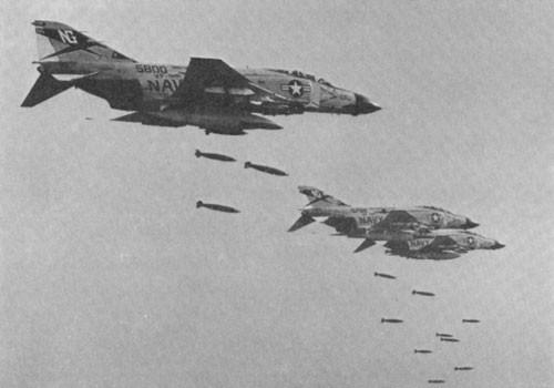 """Không quân Việt Nam trị """"Con ma"""" Mỹ trên bầu trời miền Bắc ảnh 11"""