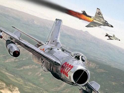 """Không quân Việt Nam trị """"Con ma"""" Mỹ trên bầu trời miền Bắc ảnh 3"""