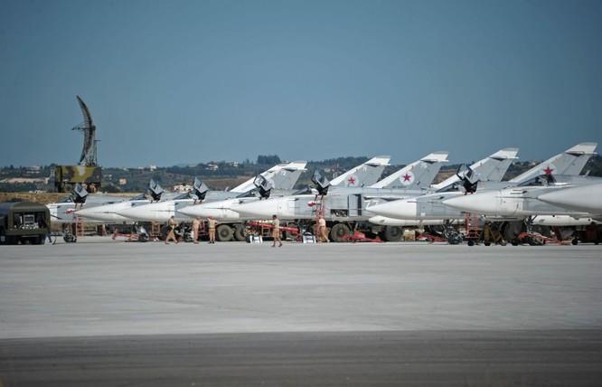 Một số thế lực đang cố gắng sắp đặt để Nga bị sa lầy tại Trung Đông. Ảnh: Dàn chiến đấu cơ Nga tham gia chiến dịch quân sự tại Syria